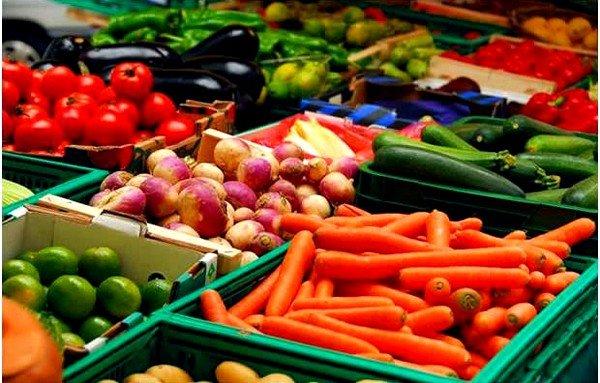 Немытые фрукты и овощи могут стать причиной заражения