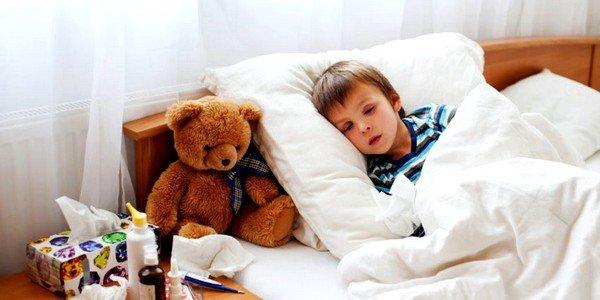 Симптомы у детей, как правило, начинают проявляться только в то время, когда личинки попадают в тонкий кишечник