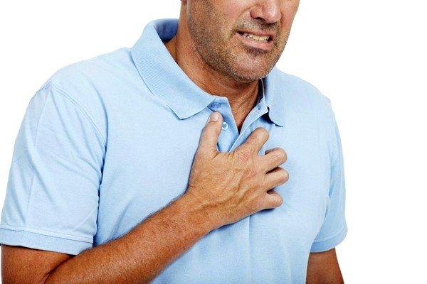 При эхинококкозе лёгкого появляются боли в груди