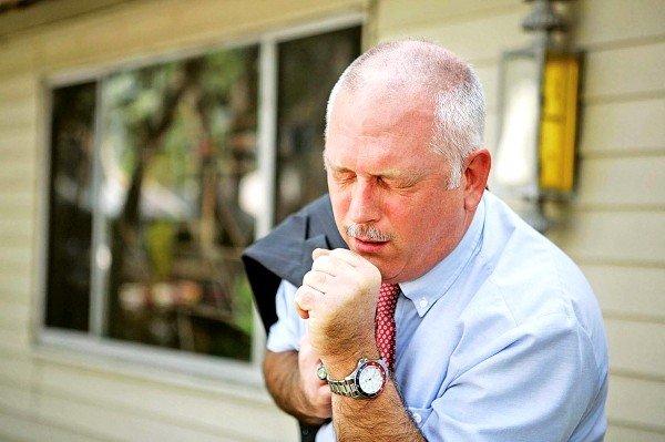 Локализация токсокары в лёгких человека может вызывать одышку и кашель